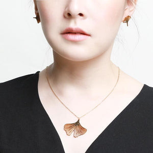 Clover Petal Necklace - Gung Jewellery