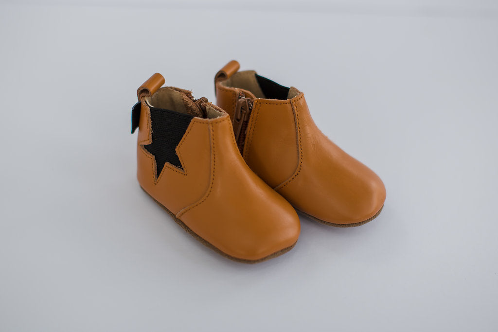 Sand Boot - medium light brown