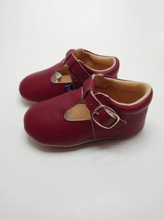 MARY-KATE Burgundy Janes