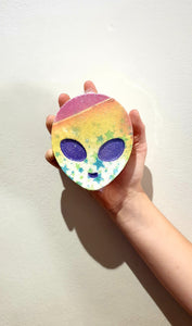 Alien Bath Bomb - Juniper the Rainbow Alien - Splash-&-Sass