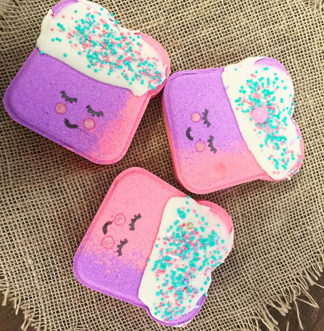 Too Tute Toastie Bath Bomb - Splash-&-Sass