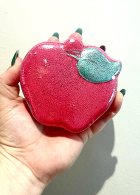 Teachers Apple Bath Bomb - Splash-&-Sass