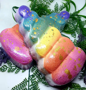Magic Rainbow Unicorn Horn Bath Bomb - Hooge!