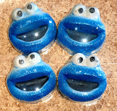 Cookie Monster Bath Bomb - *please allow 1 week shipping - awaiting label delivery*