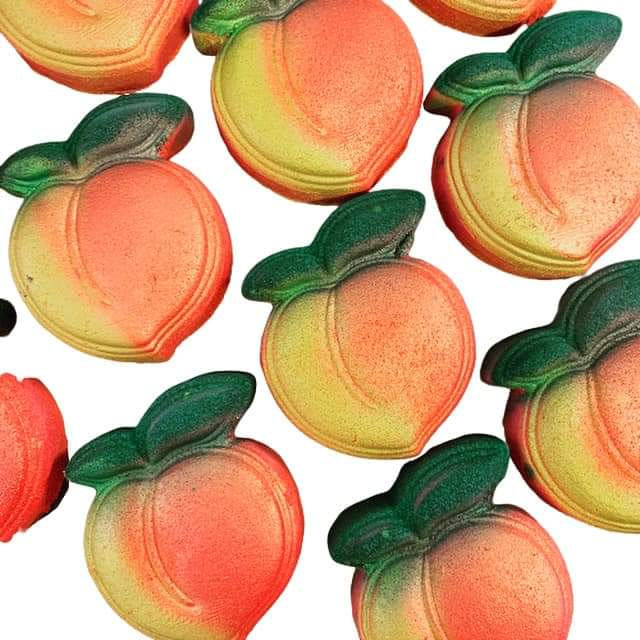 Peachy Keen Bath Bomb - Splash-&-Sass