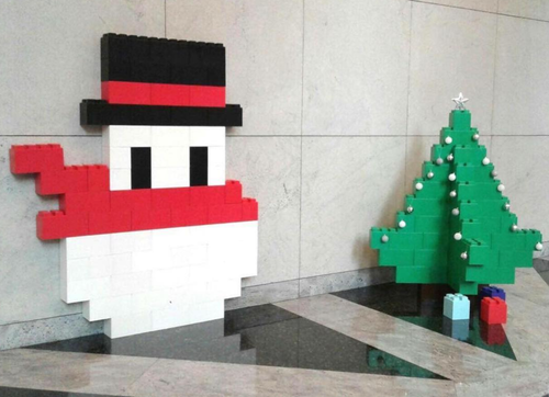 Create modular snowmen and Christmas trees for unique event decor using EverBlock.