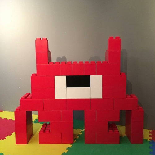 Create modular characters for unique event decor with EverBlock Systems.