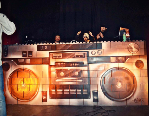 Create unique event decor, modular DJ booths, and creative pop up displays with EverBlock Systems.