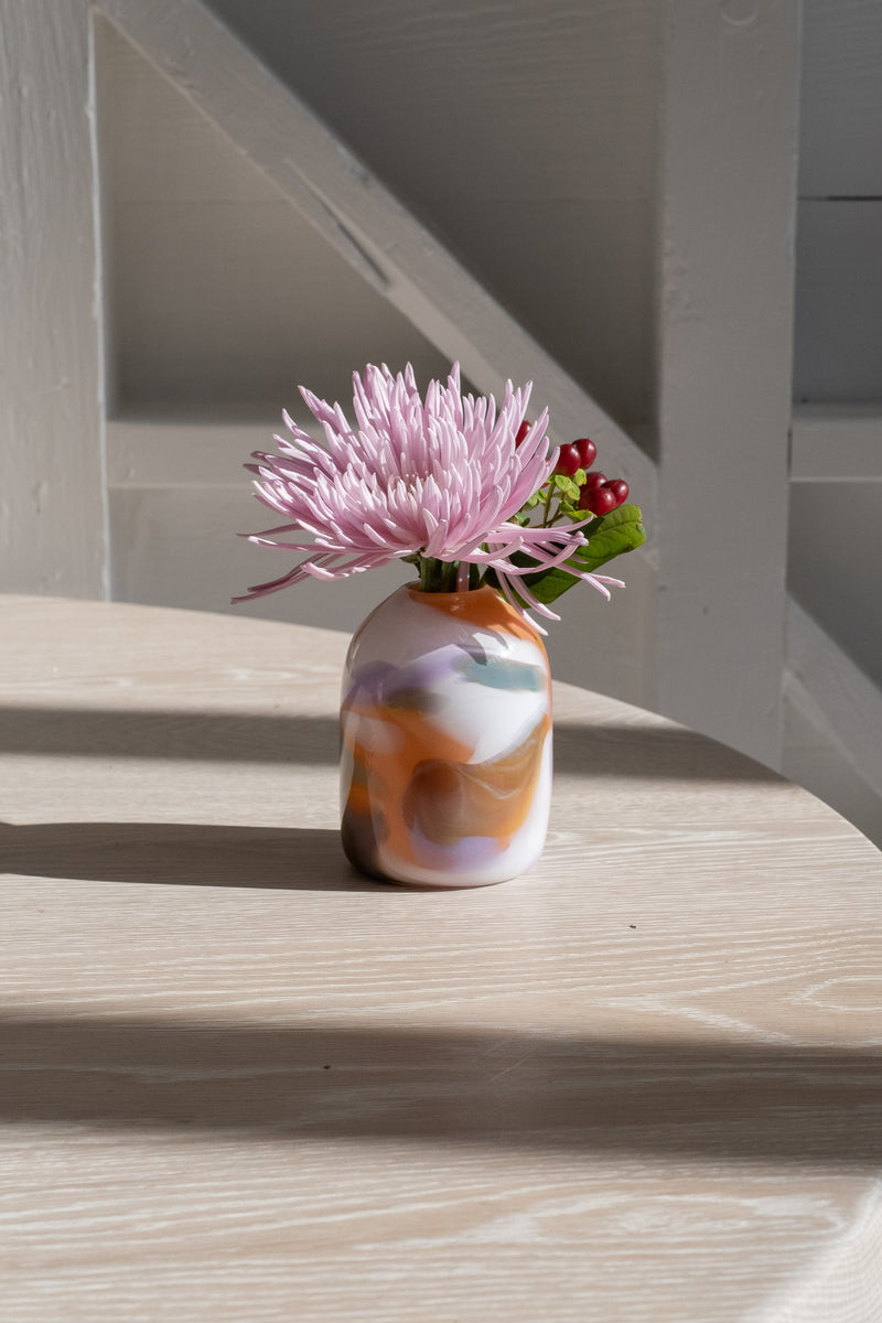 EPIPHANY PILAR VASE IN FLAMINGO