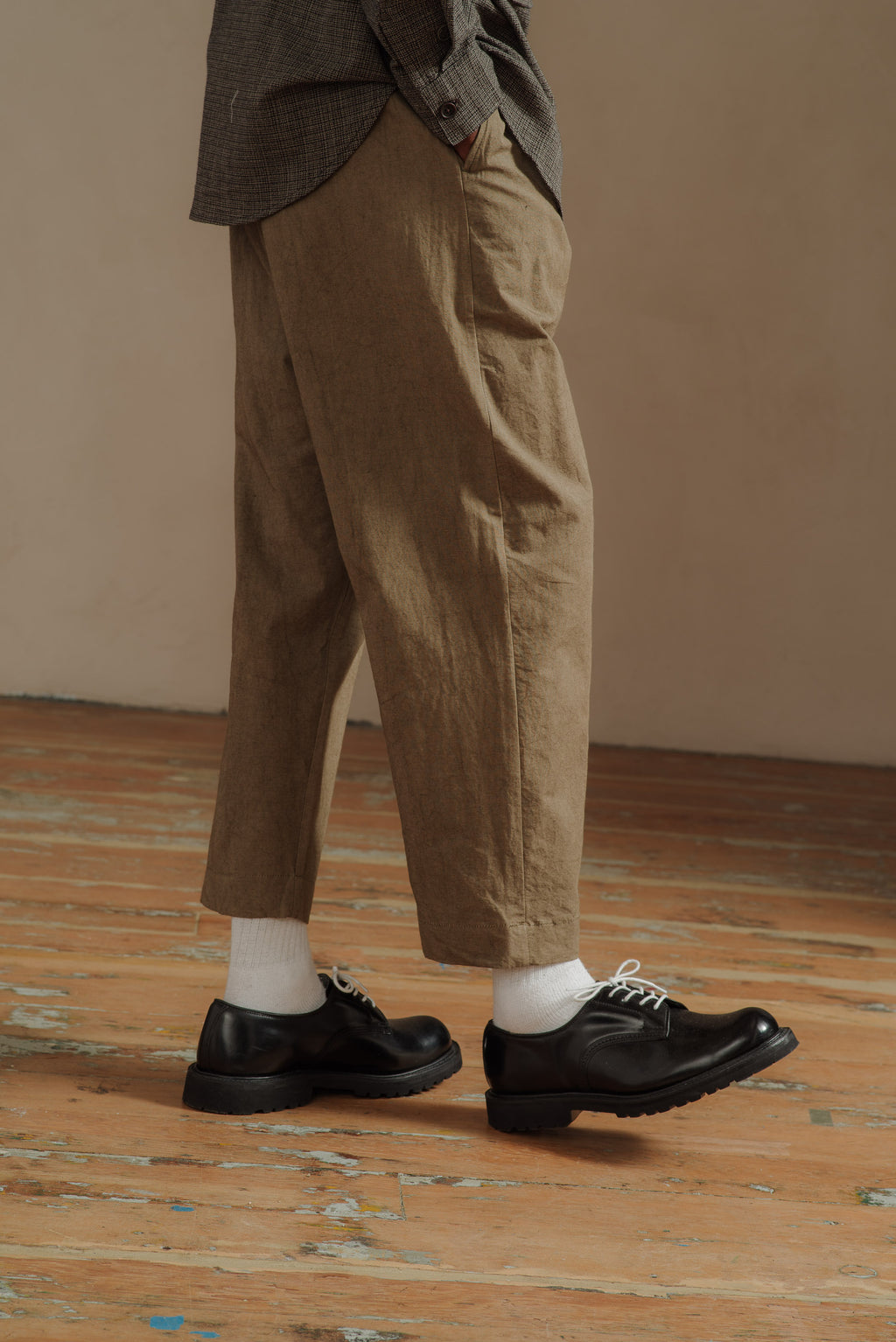 EVAN-KINORI-OLIVE-SINGLE-PLEAT-PANT