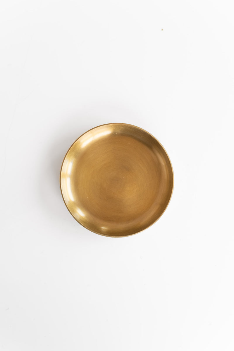 SMALL ROUND BRASS PLATE