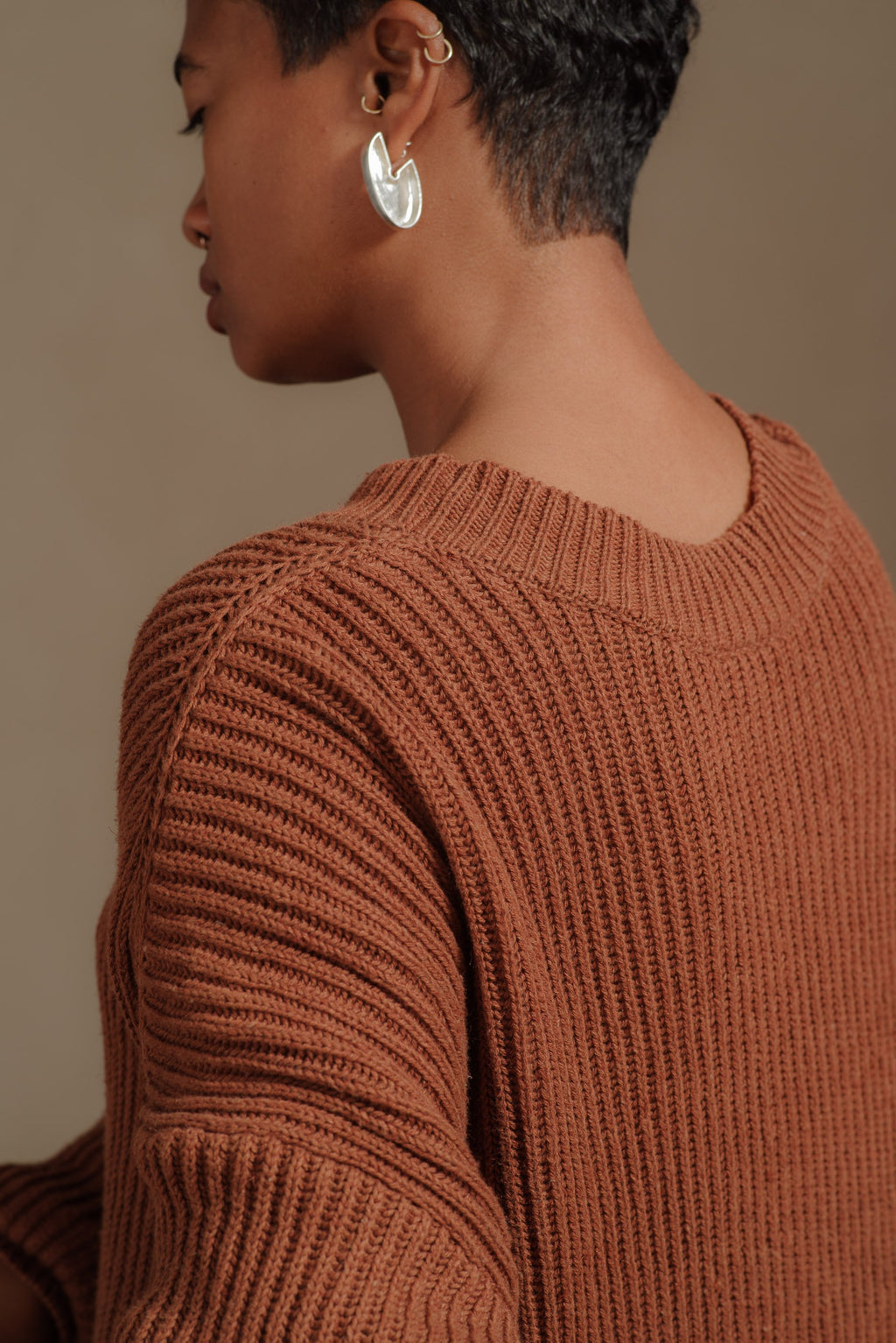 JAN-JAN-VAN-ESSCHE-RUST-WIDE-FIT-SWEATER#48