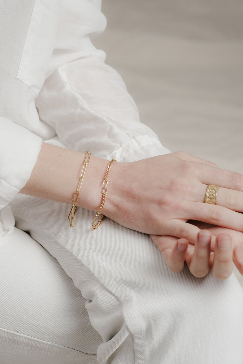 PAPERLINK BRACELET IN GOLD