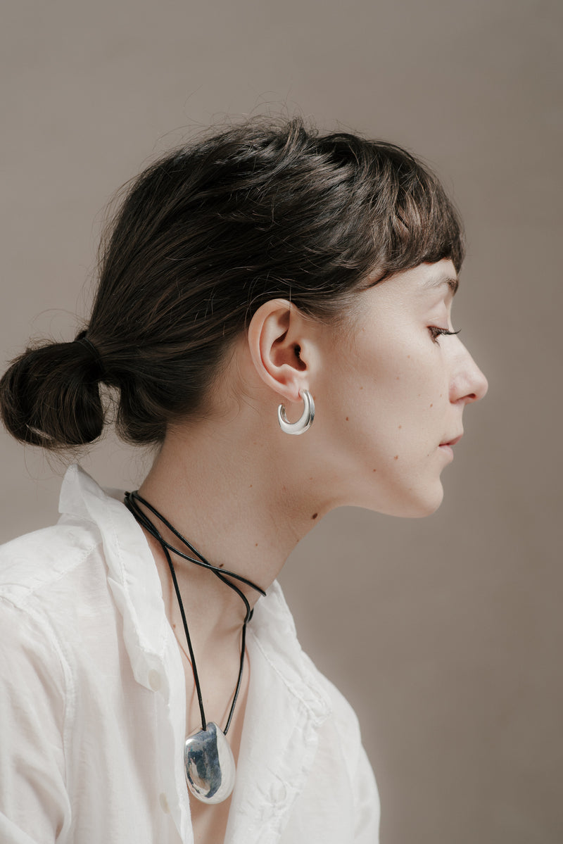 YASMINE HOOPS IN SILVER