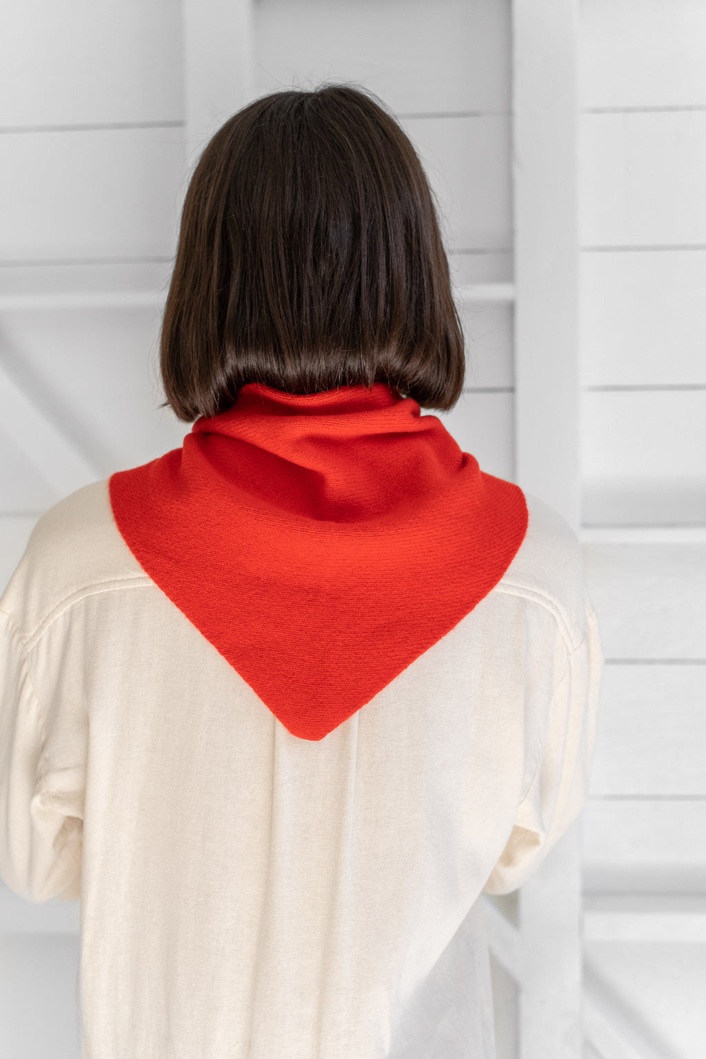 PLAIN TRIANGLE NECKERCHIEF
