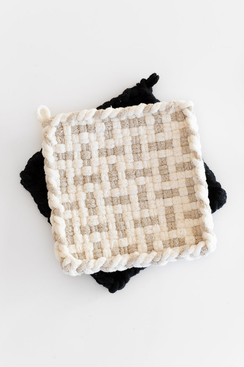 HANDWOVEN POTHOLDER