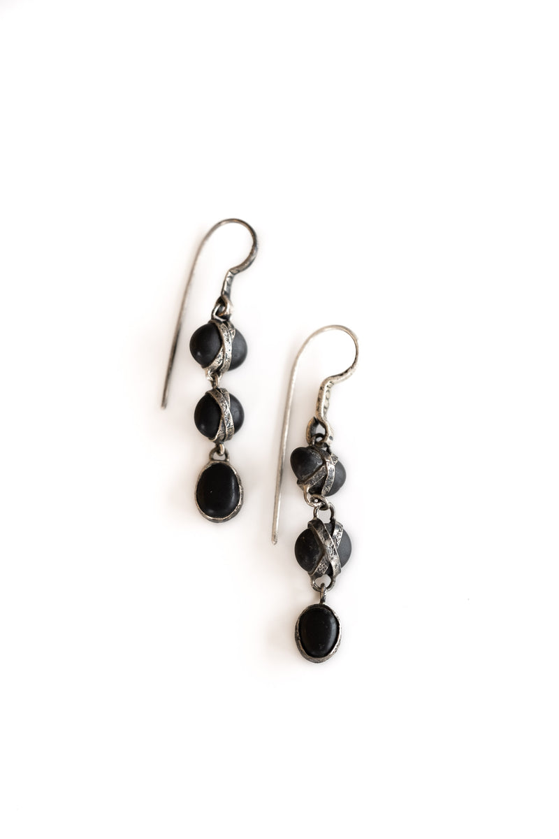 TRIPLE DROP BLACK JAPANESE PEBBLE EARRINGS