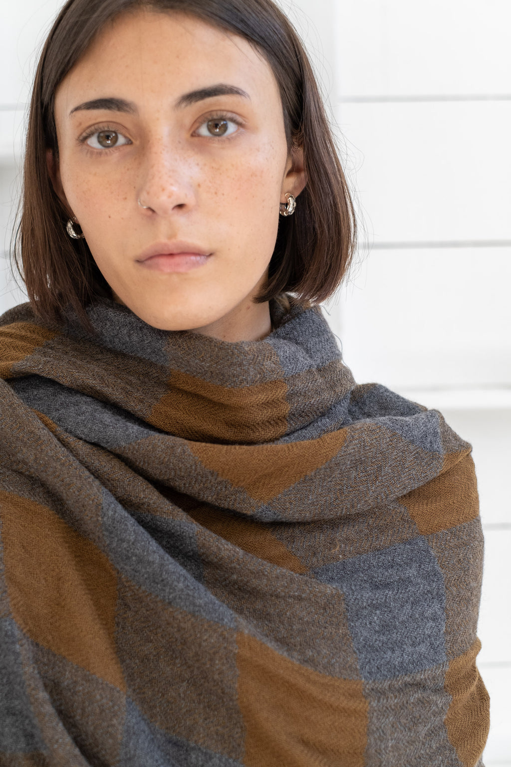DASHBOARD SCARF IN KHAKI