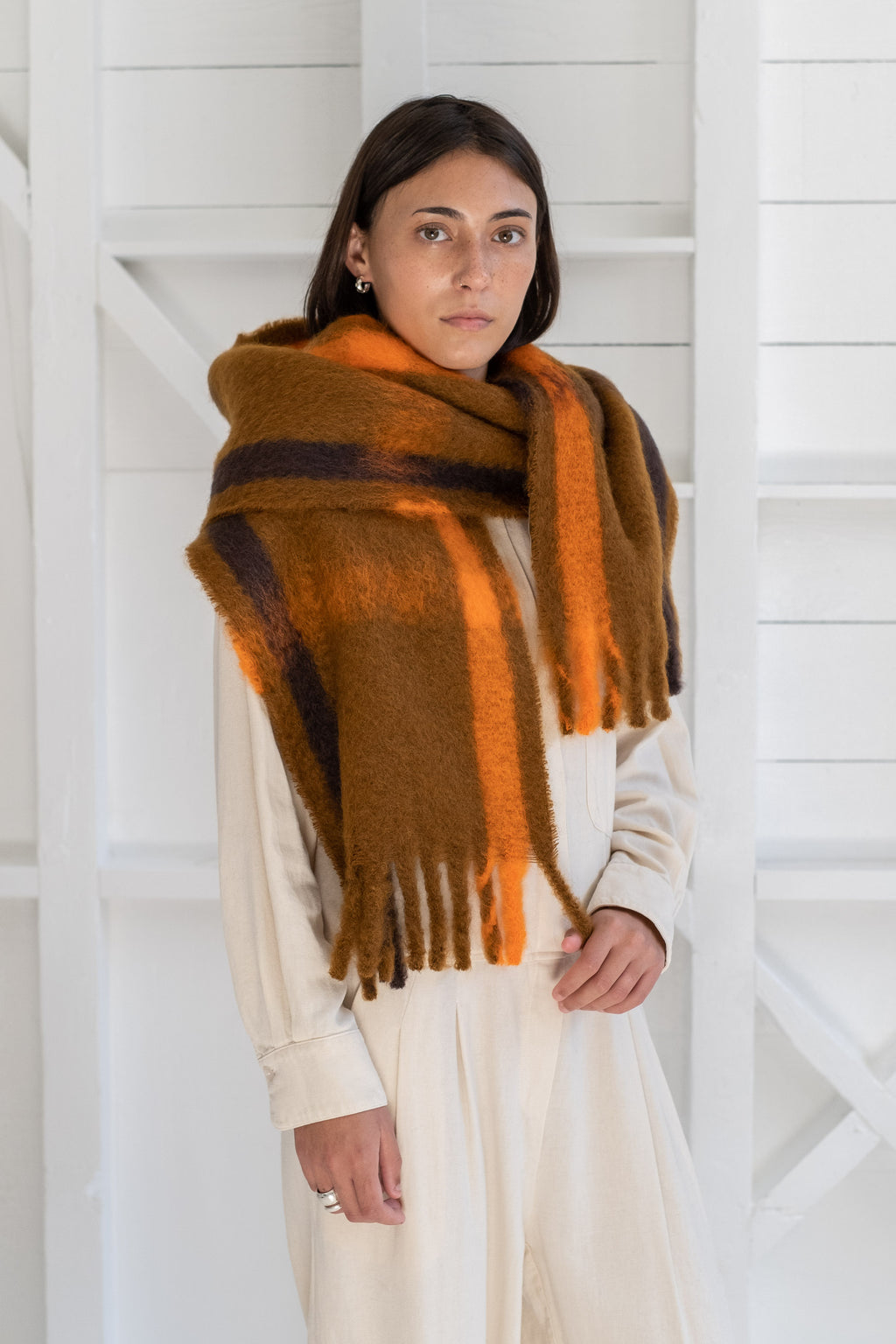 LADDER SCARF IN BROWN