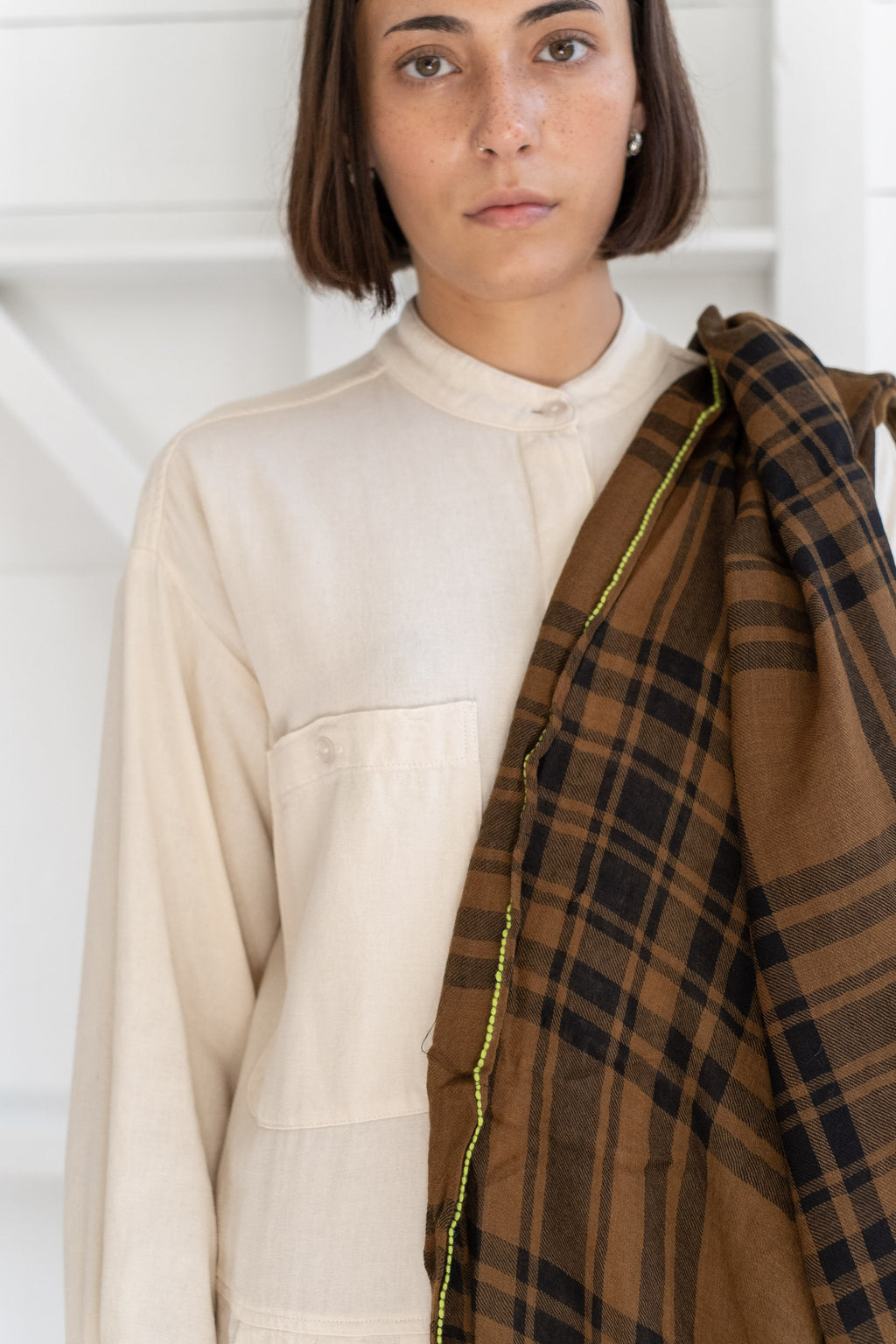 PLAID SCARF IN KHAKI