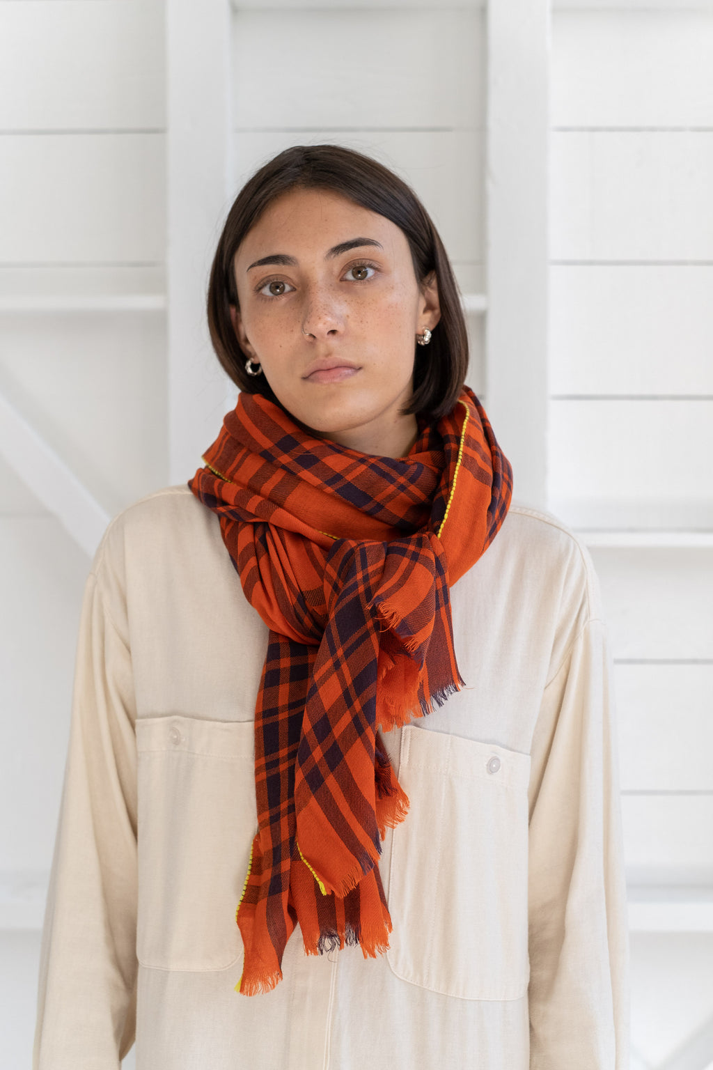 PLAID SCARF IN RED