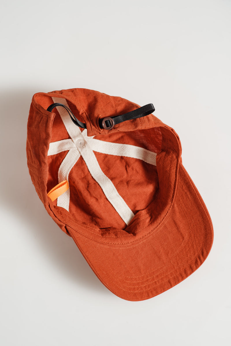 MANTLE-AMBER-LINEN-CAP