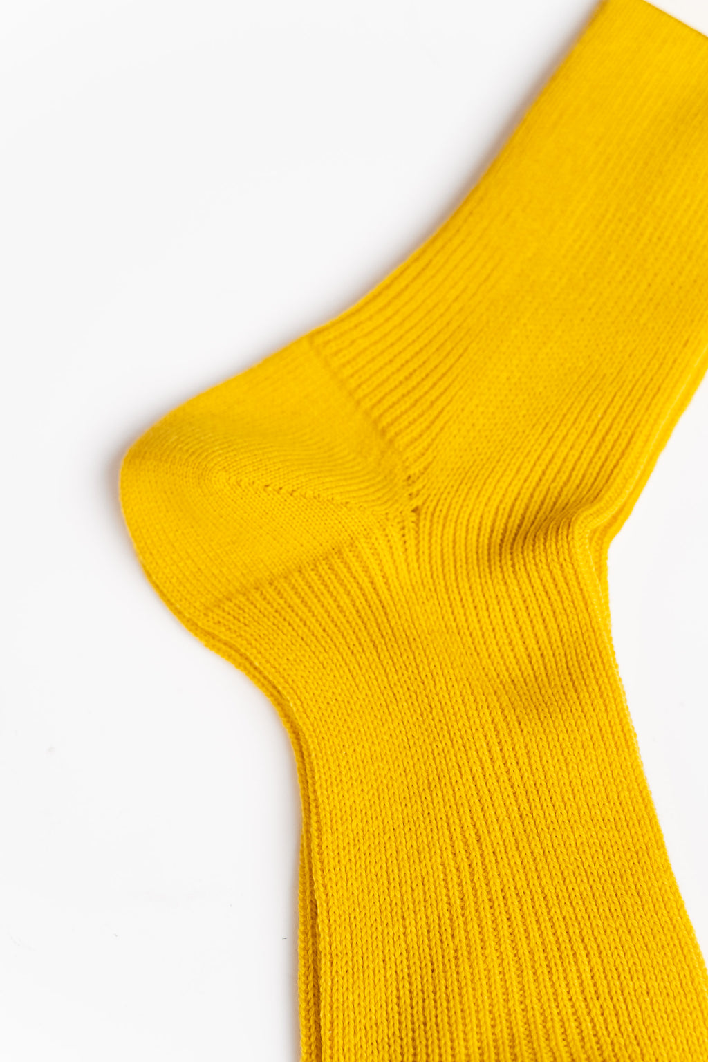 WOOL RIBBED MID-CALF SOCKS IN YELLOW