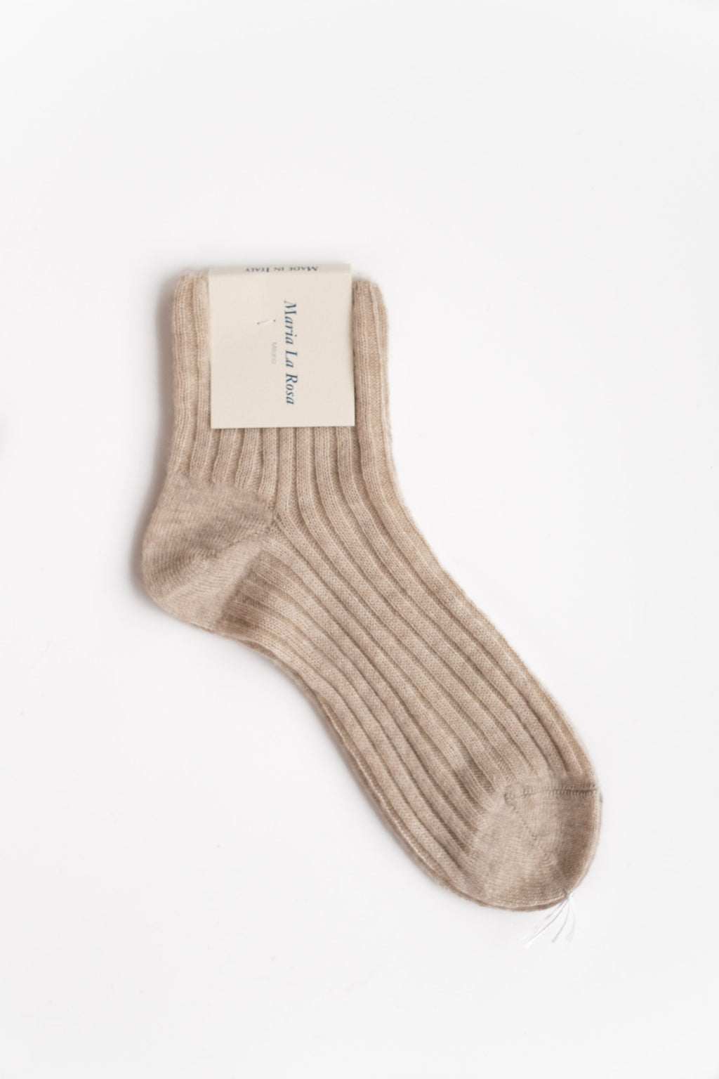 CASHMERE RIBBED ANKLE SOCKS IN BEIGE