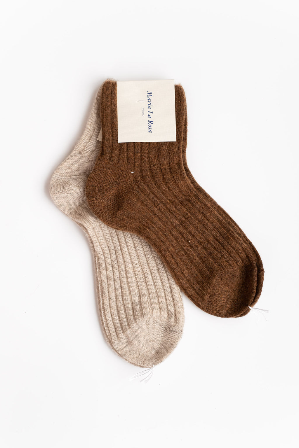 CASHMERE RIBBED ANKLE SOCKS IN BROWN