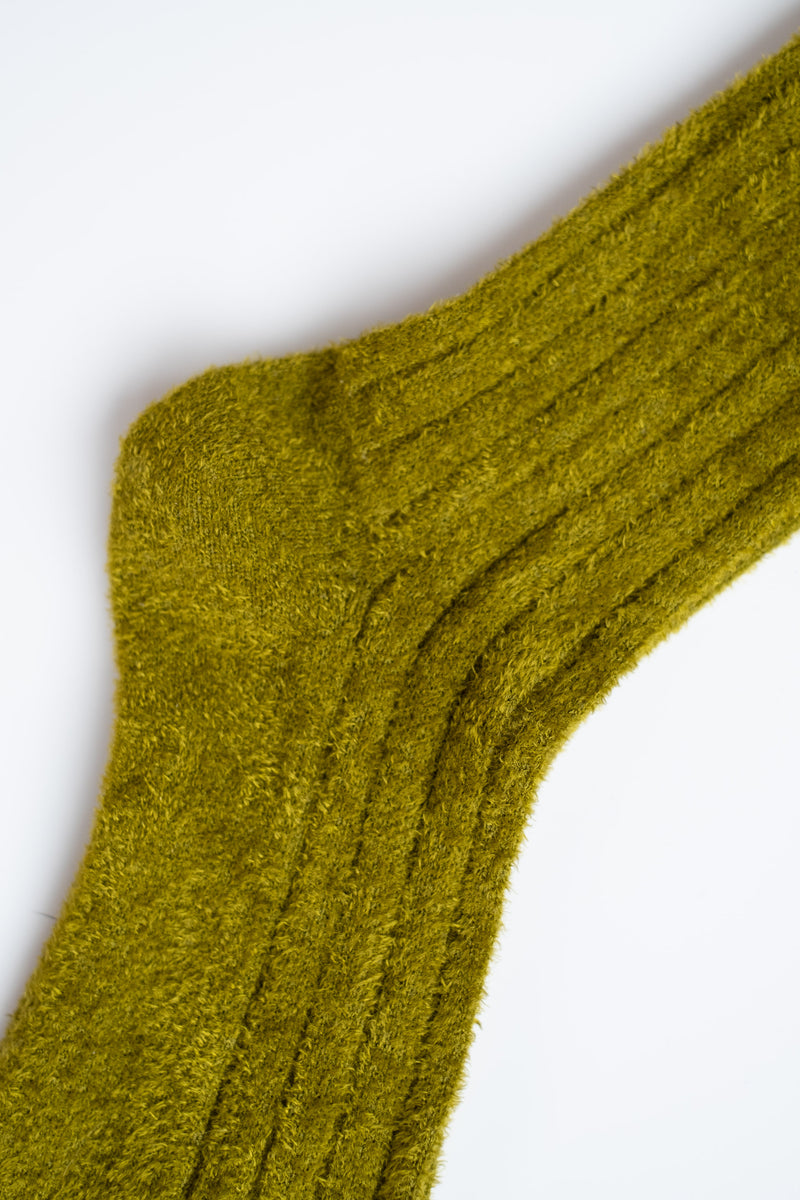 FUZZY SOCKS IN GREEN