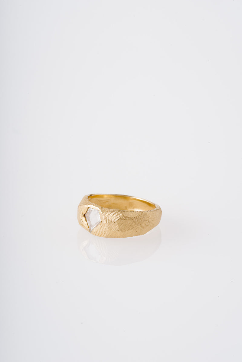 Page Sargisson | 18KT SHIELD DIAMOND RING