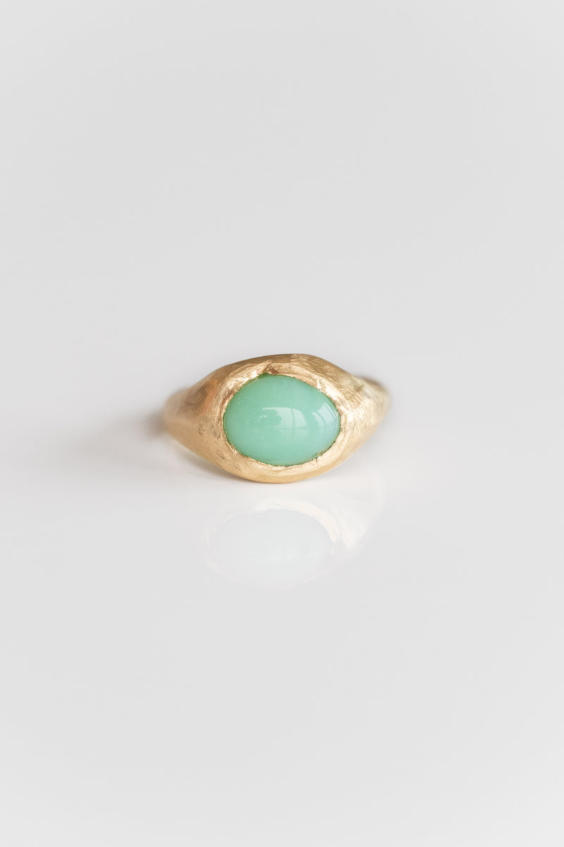 18K + CHRYSOPRASE SIGNET RING