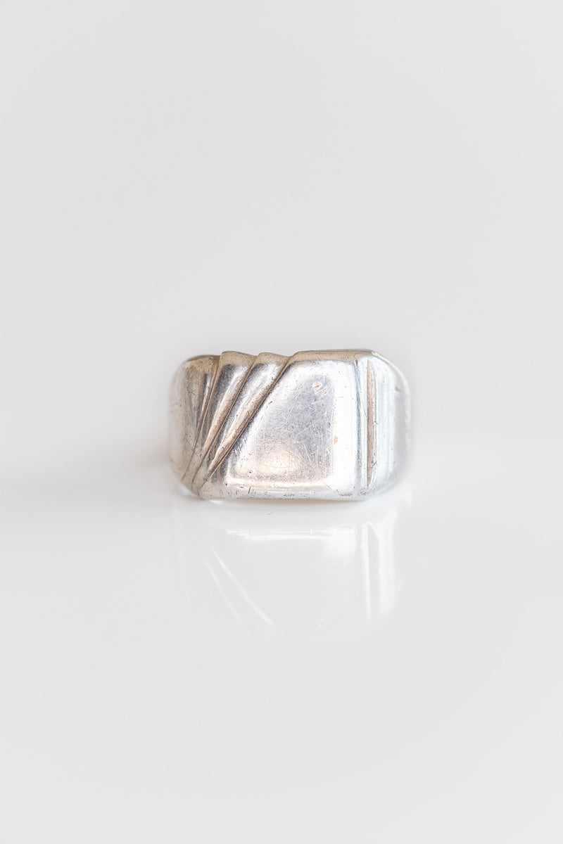 1950's STERLING SIGNET RING