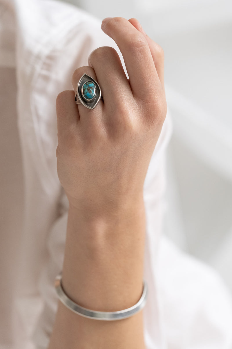 1960's NAVAJO EYE SHAPED TURQUOISE RING