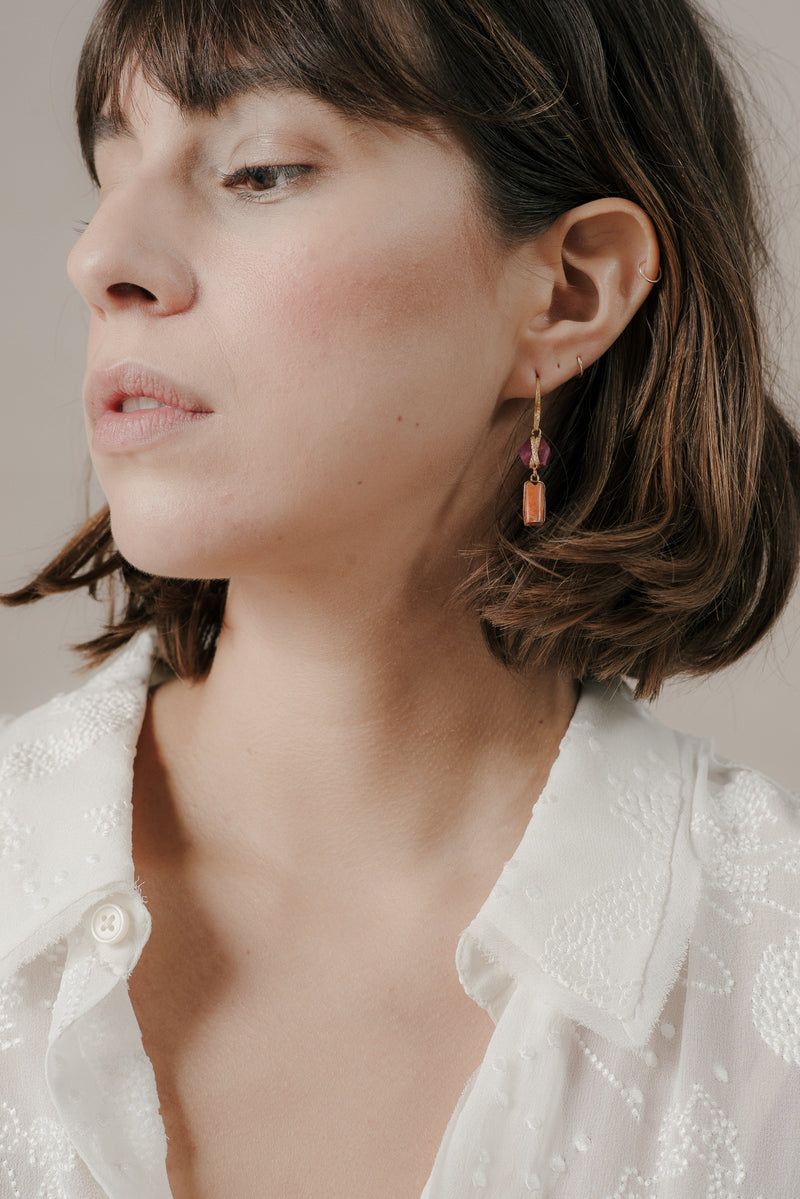 2-DROP CHIMU AND RUBY EARRINGS IN GOLD