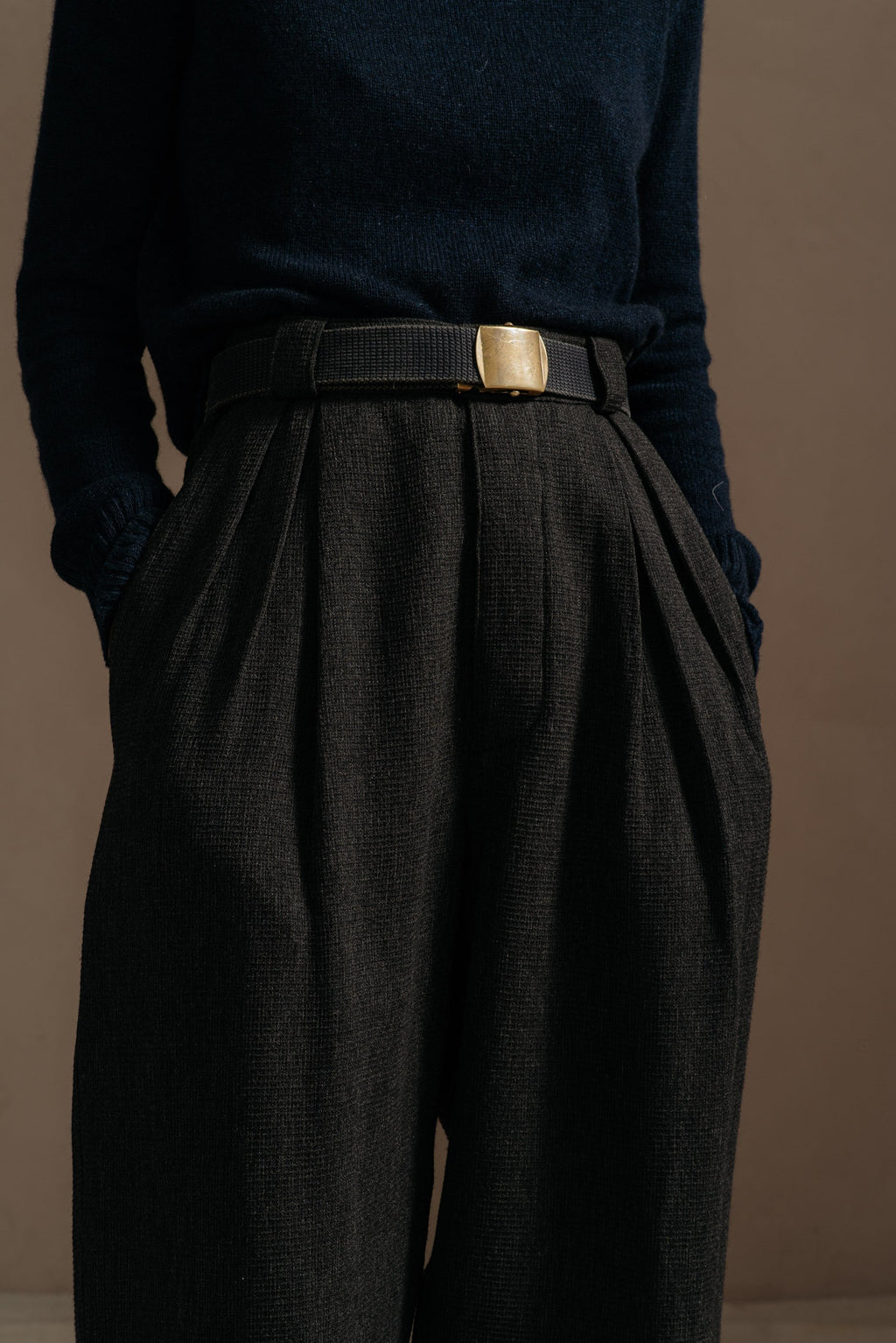 Reliquary-Pleated-Pant-Grey-Waffle-front-detail