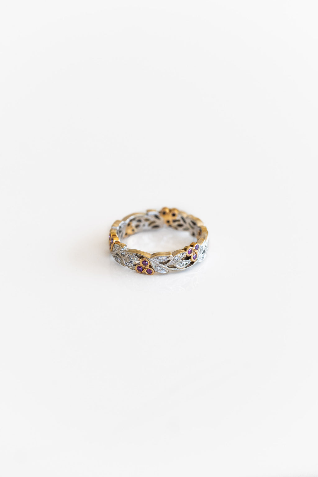 DECO RUBY + DIAMOND FLORAL CUTWORK BAND