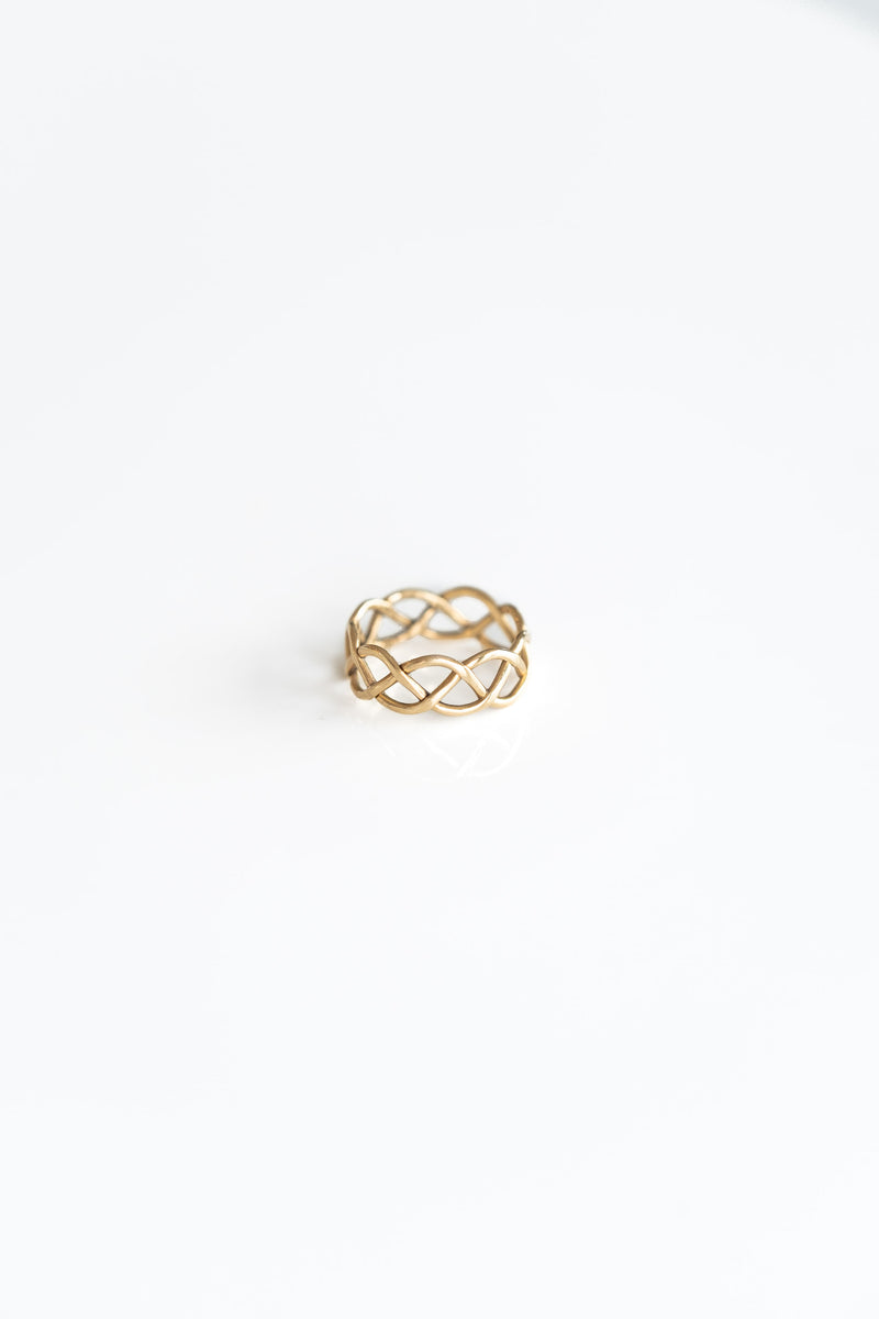 14K GOLD KNOTWORK PINKY RING