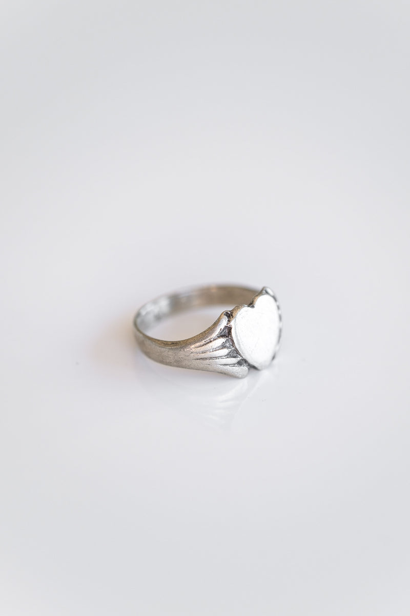 STERLING SILVER HEART SIGNET RING