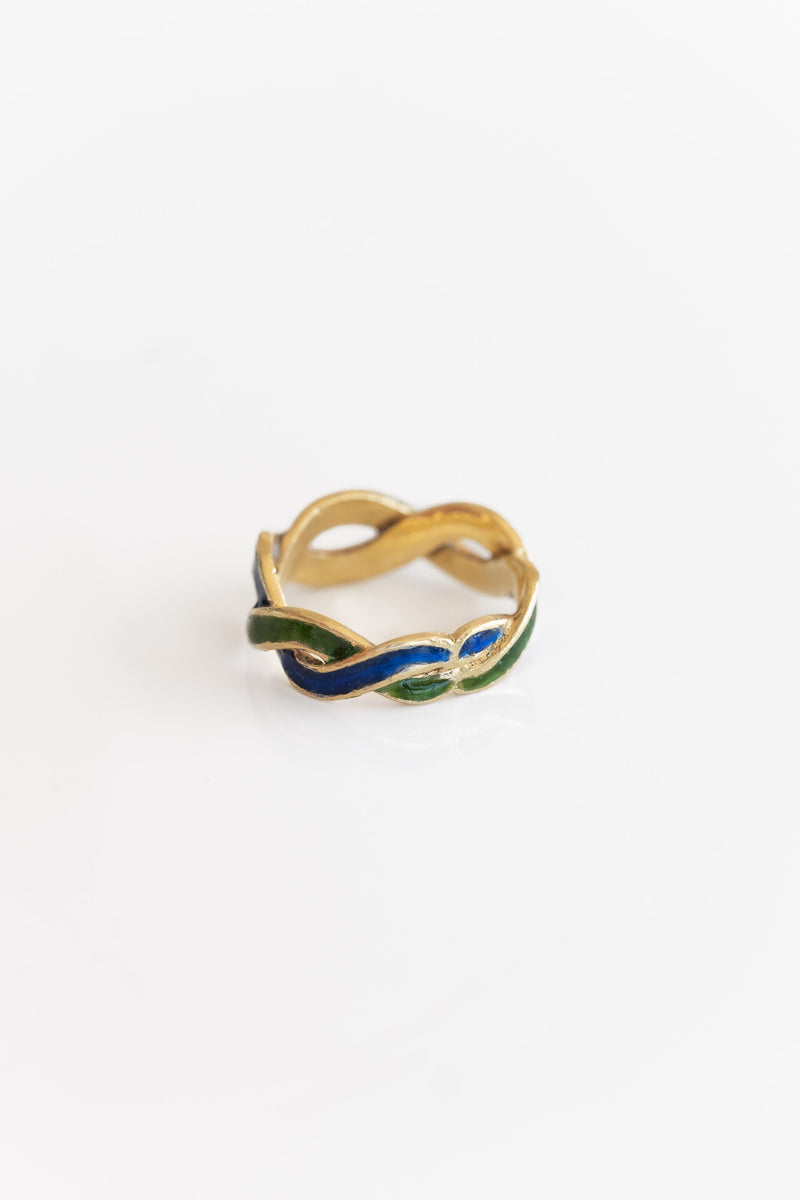 18K +  ENAMEL TWIST RING