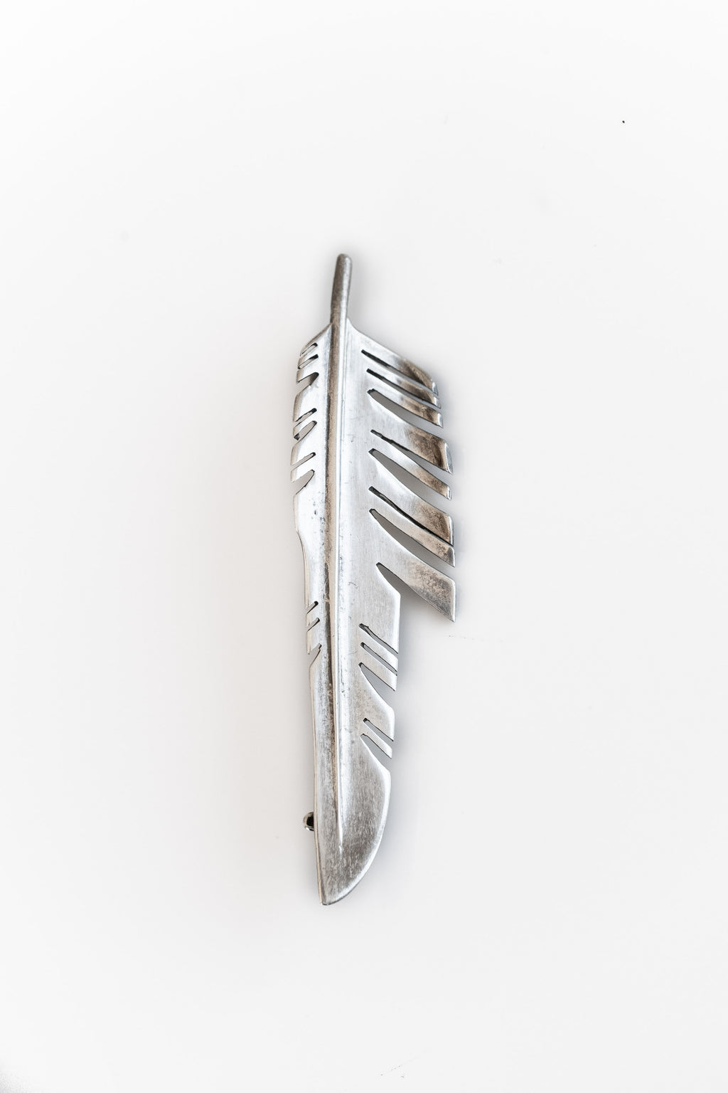 STERLING SILVER FEATHER PIN