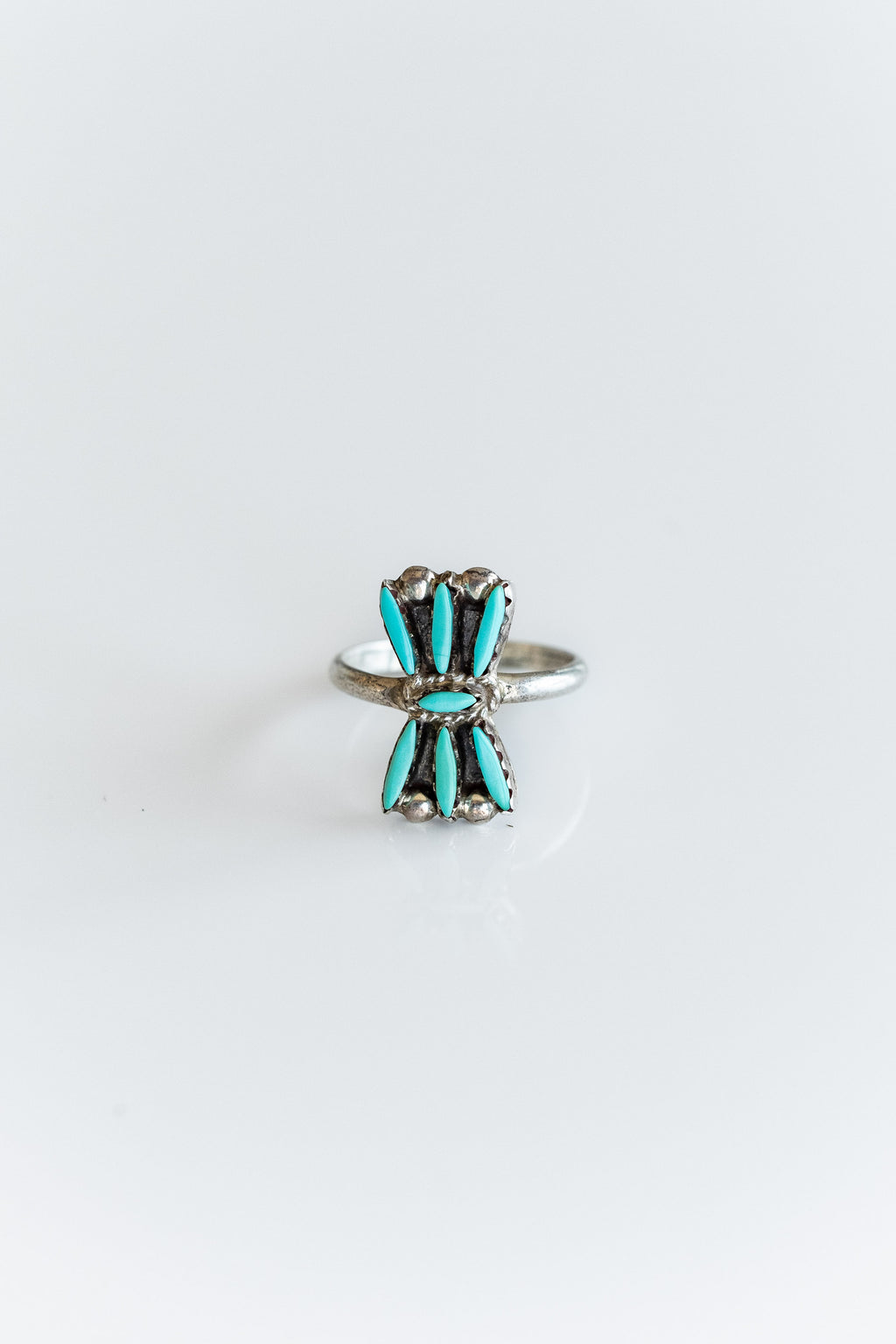TINY ZUNI PETIT POINT RING