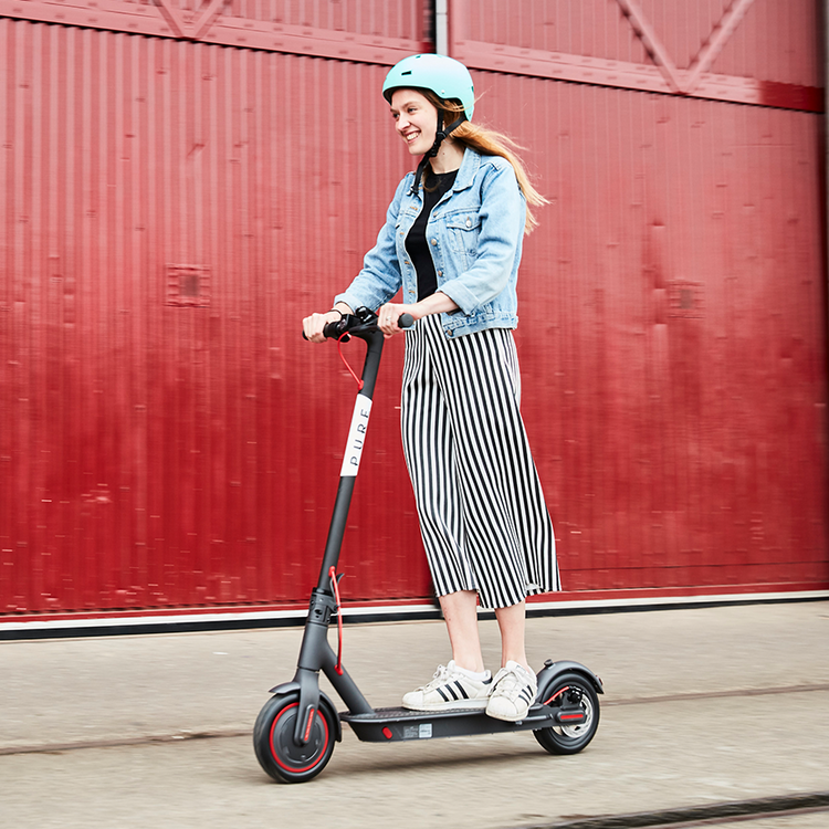 Xiaomi Pro Electric Scooter with Pre-inserted Puncture Prevention Fluid