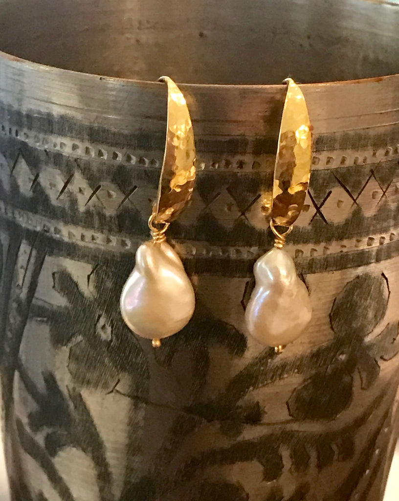 CARA PEARL EARRINGS