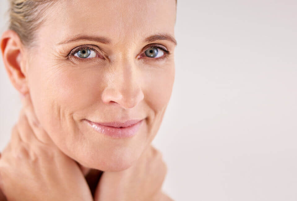 Characteristics of aging - Fine lines and wrinkles