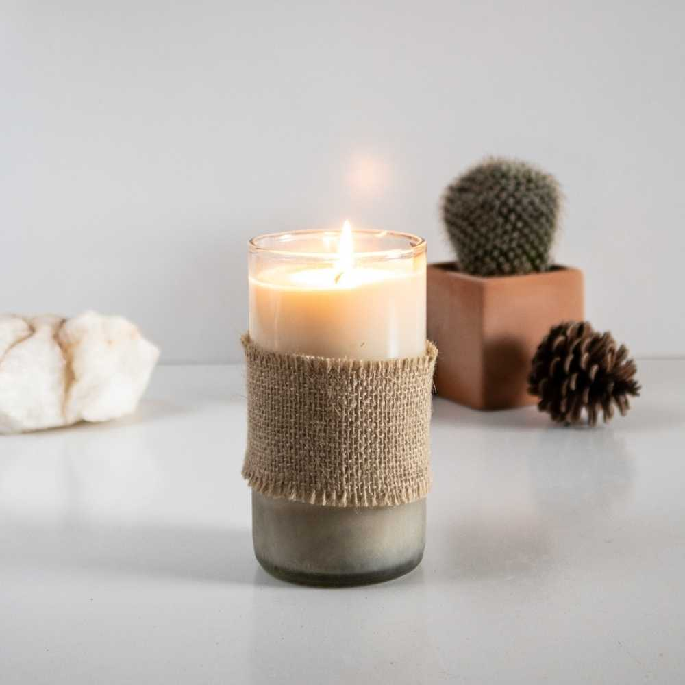 Handpoured Candle with Coconut & Soy Wax | Humby Organics