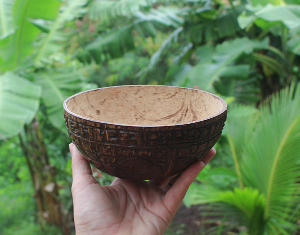Fully carved and personalized Marquesan coconut bowl