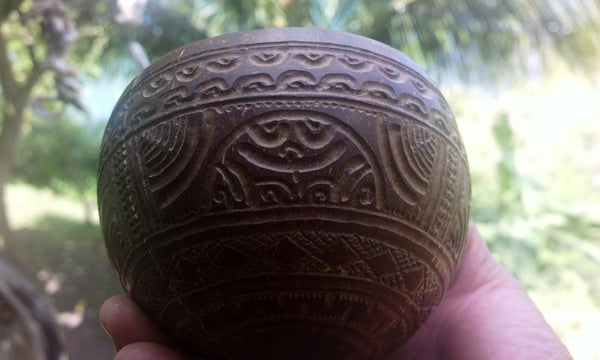 Finely carved Marquesan bowl