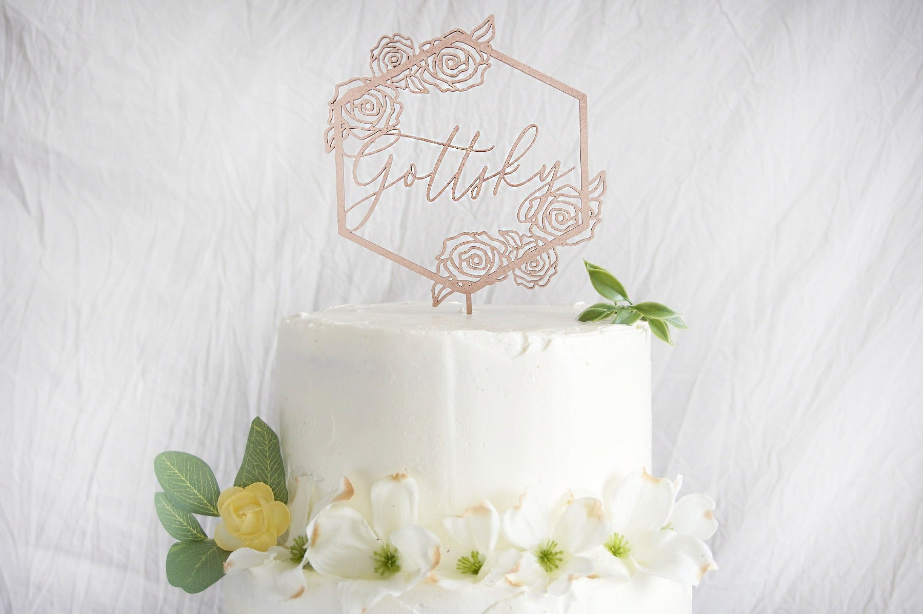 Floral Wedding Cake Topper | Custom Wedding Cake Topper | Personalized Name Geometric Cake Topper | Gold, Silver, or Rose Gold Wood Gift