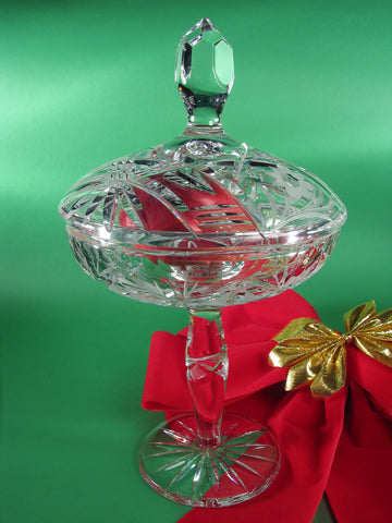 Crystal Bowl With Apple